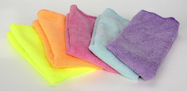 micro-fiber-cloth-2716115_640